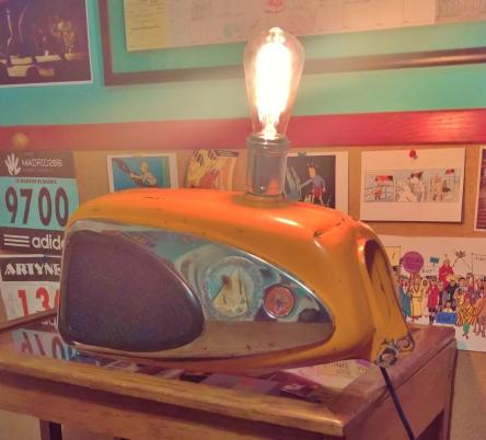 ClassicBulletPoint- Lamp old deposit- 01